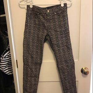 Size 4 H&M 4 pocket like new condition $12 OBO